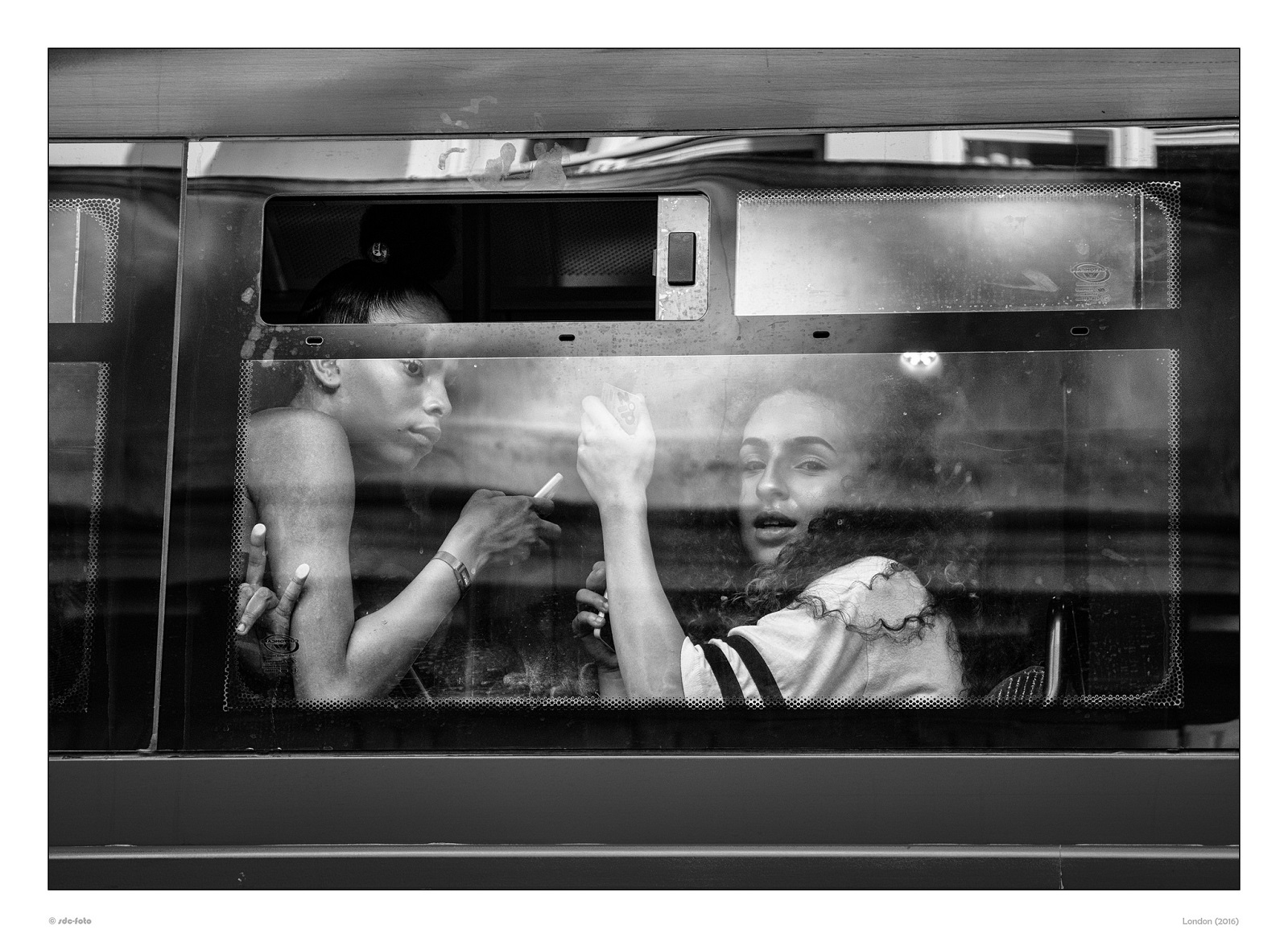Featured Street Photographer of the Week: Reimund Schmidt-De Caluwe