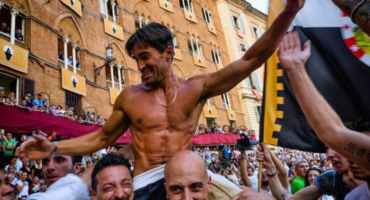 The Italians: Street Photography in Italy