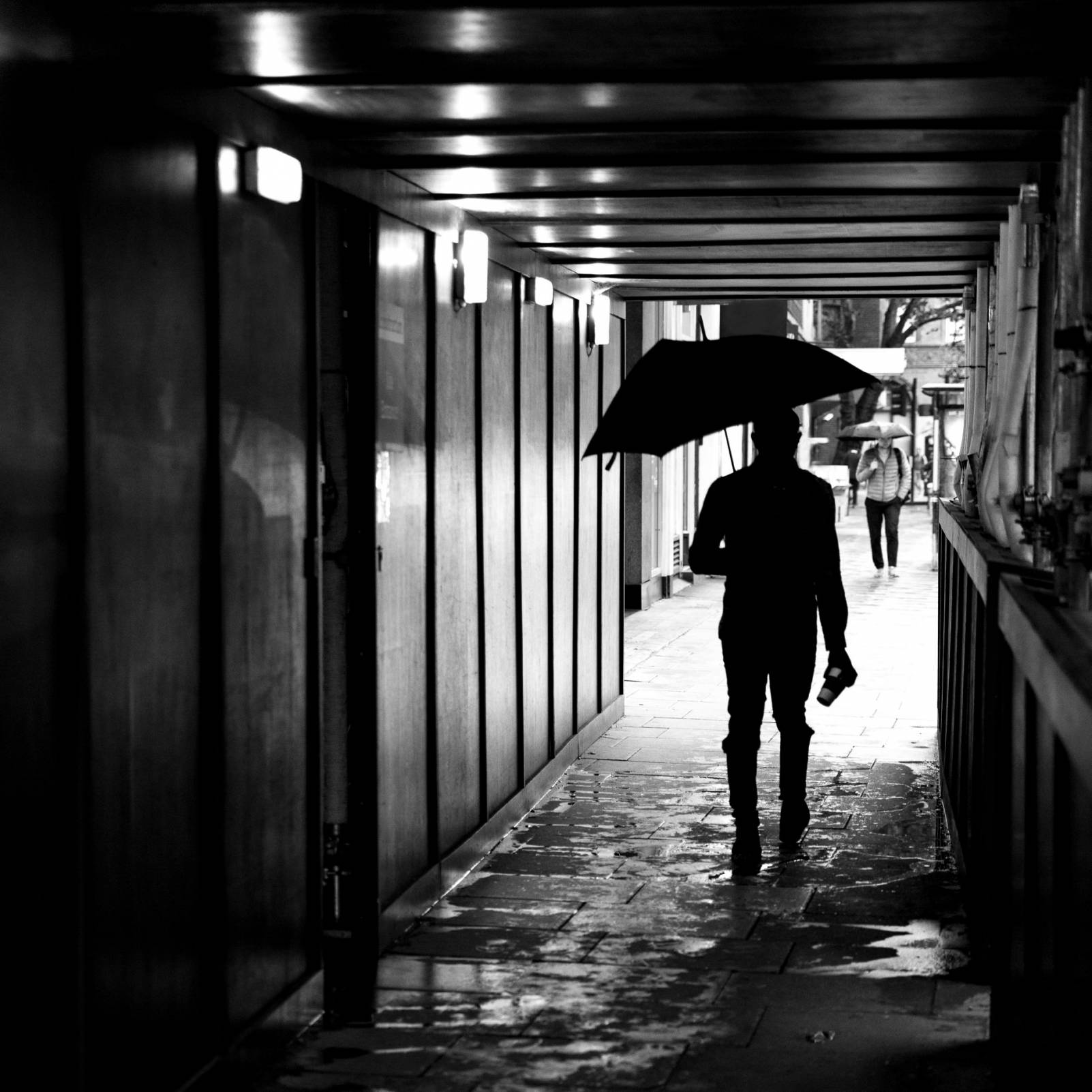 Video – Street Photography on a Rainy Day in London with Gary Norman
